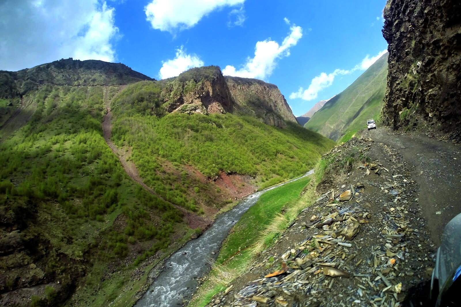 Поездка на внедорожнике в долину Трусо