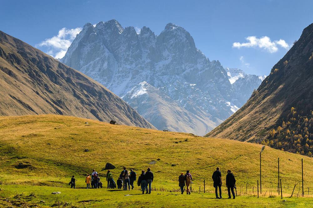 Пешая экскурсия по национальному парку Казбеги
