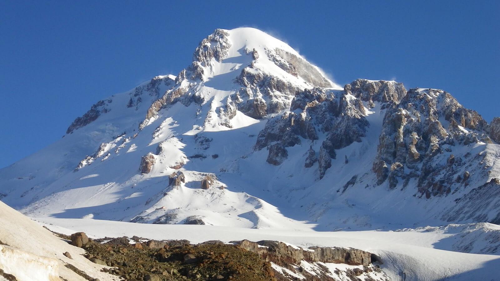 Гора Казбек, Казбеги