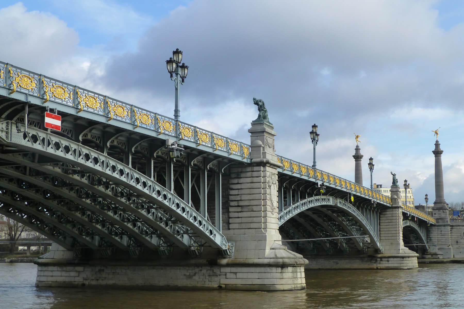 Льежский мост ангелов