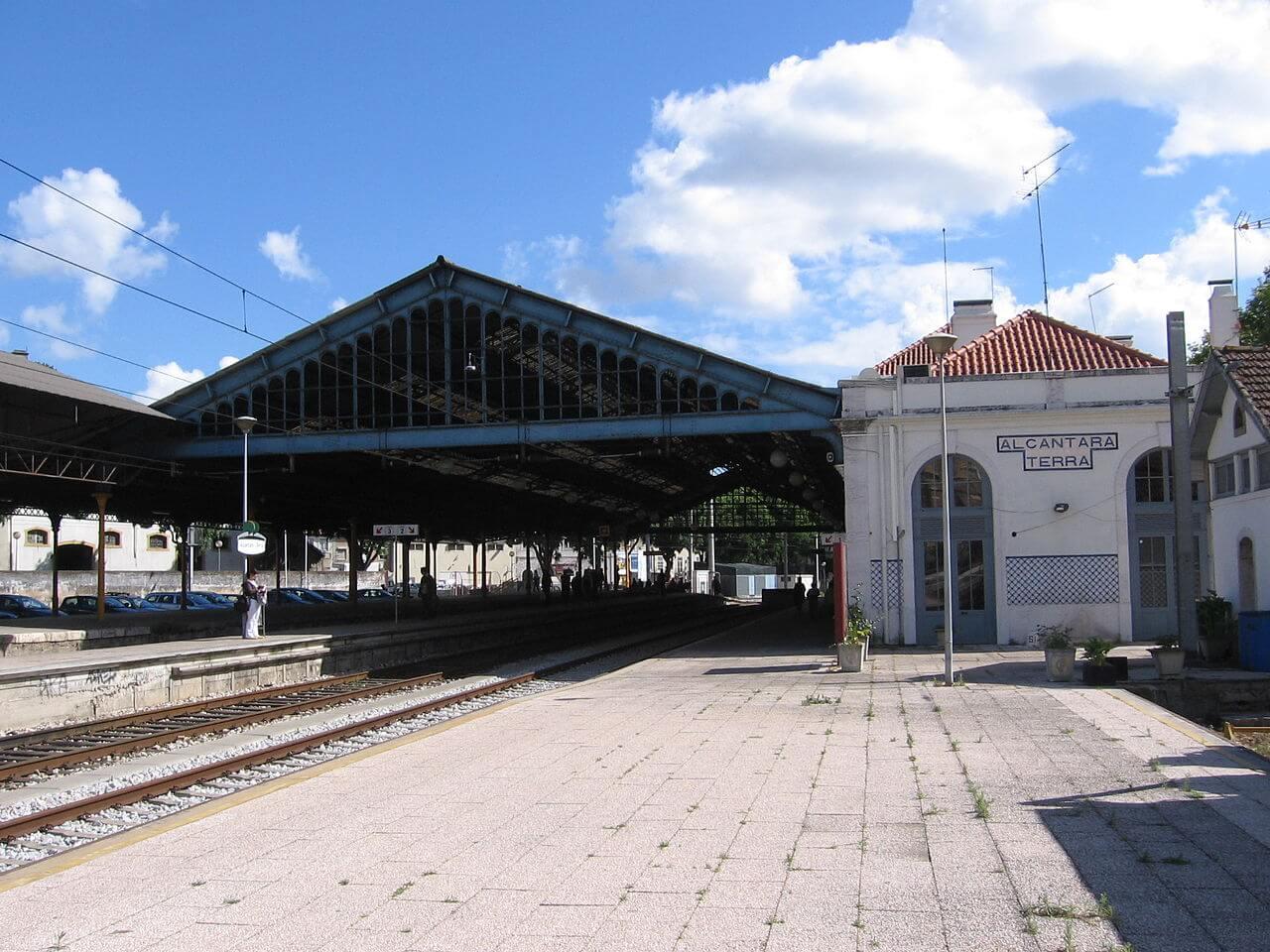 На вокзале Алкантара-Терра