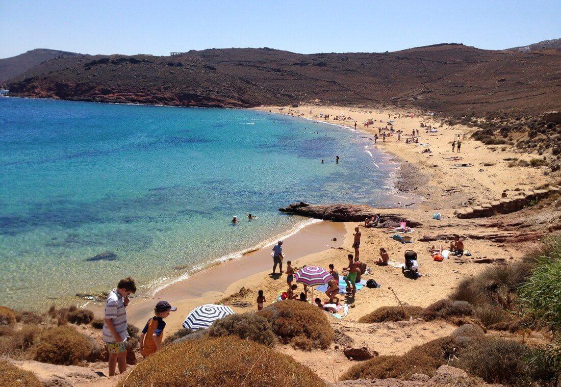Пляж Agios Sostis Beach