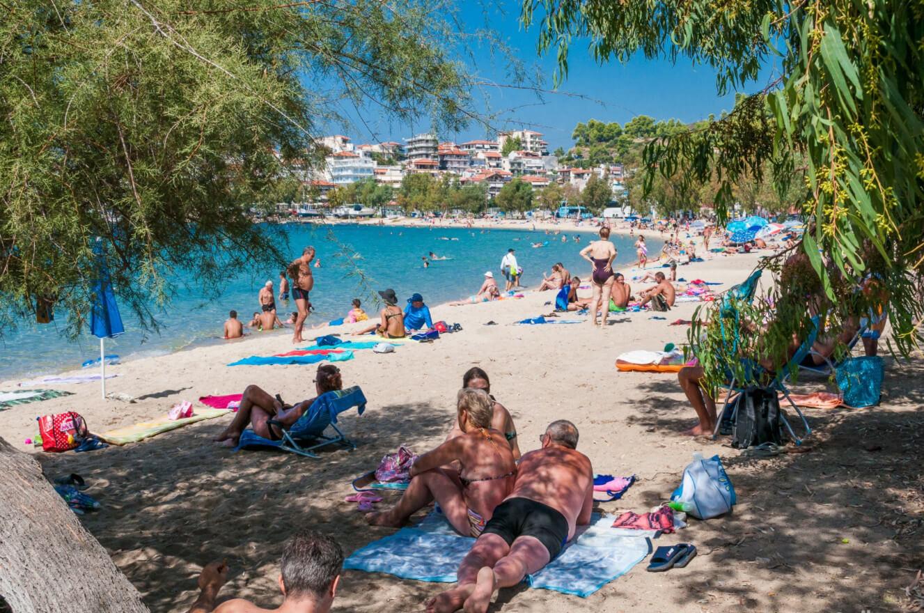 Пляж Неос Мармарас