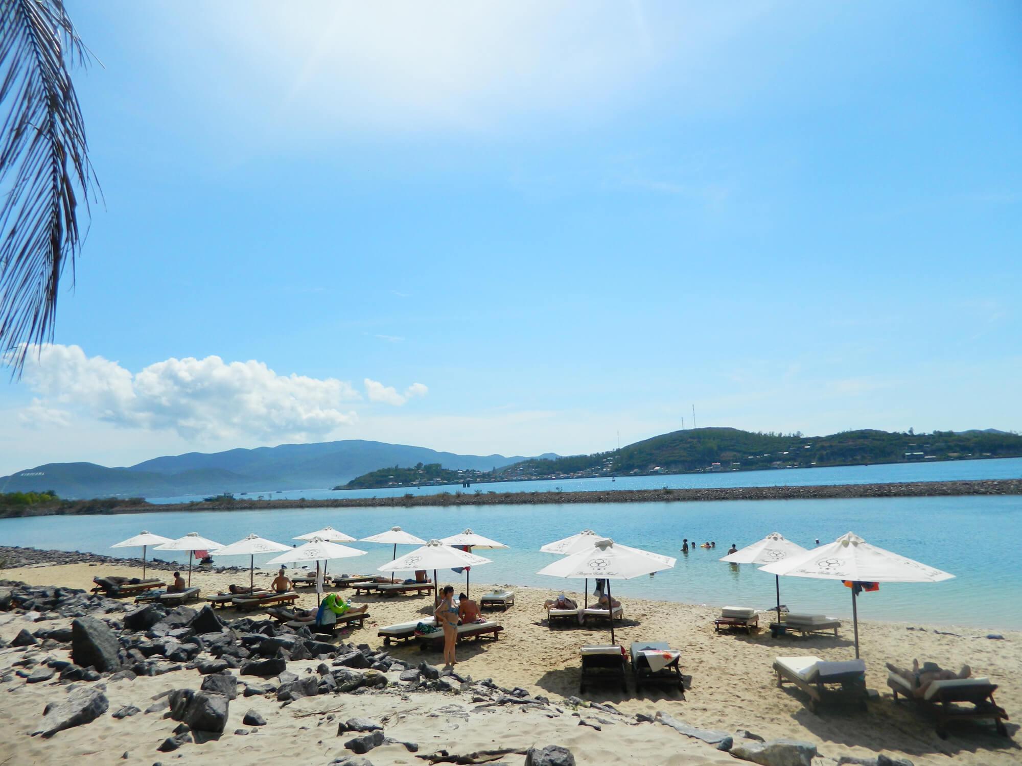 Пляж Парагон