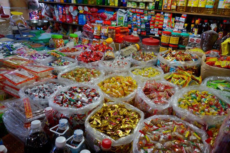 Сладости на рынке Chợ Ngọc Hiệp