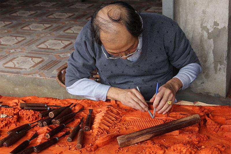 В семейном магазинчике Anh Tai Wood Carvings