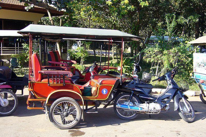 Мото такси - сотоциклы с каретой