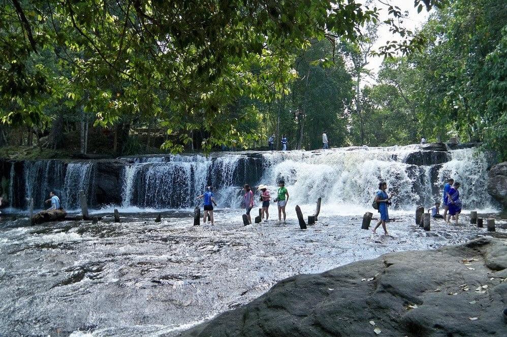 Водопад в парке Пном Кулен