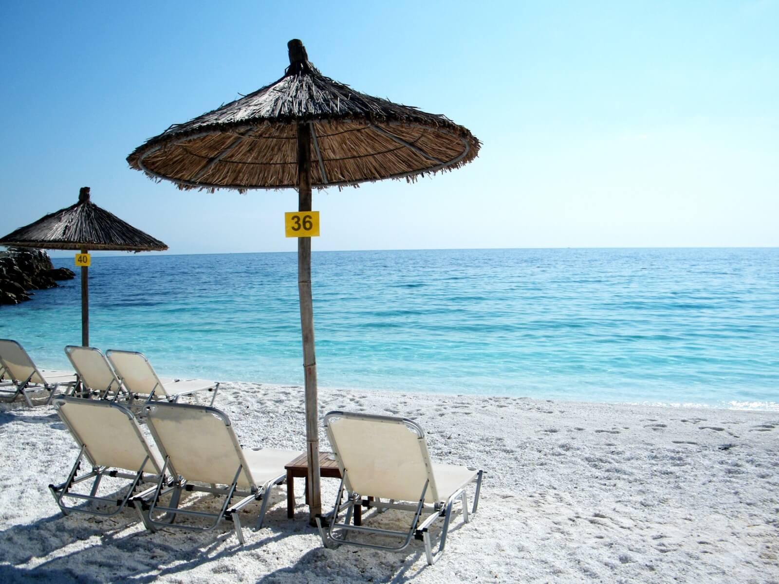 Мраморный пляж