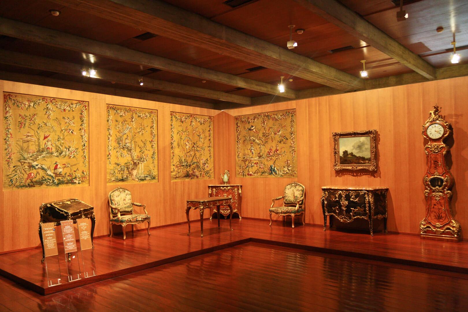 Произведений искусства в музее Галуста Гюльбенкяна