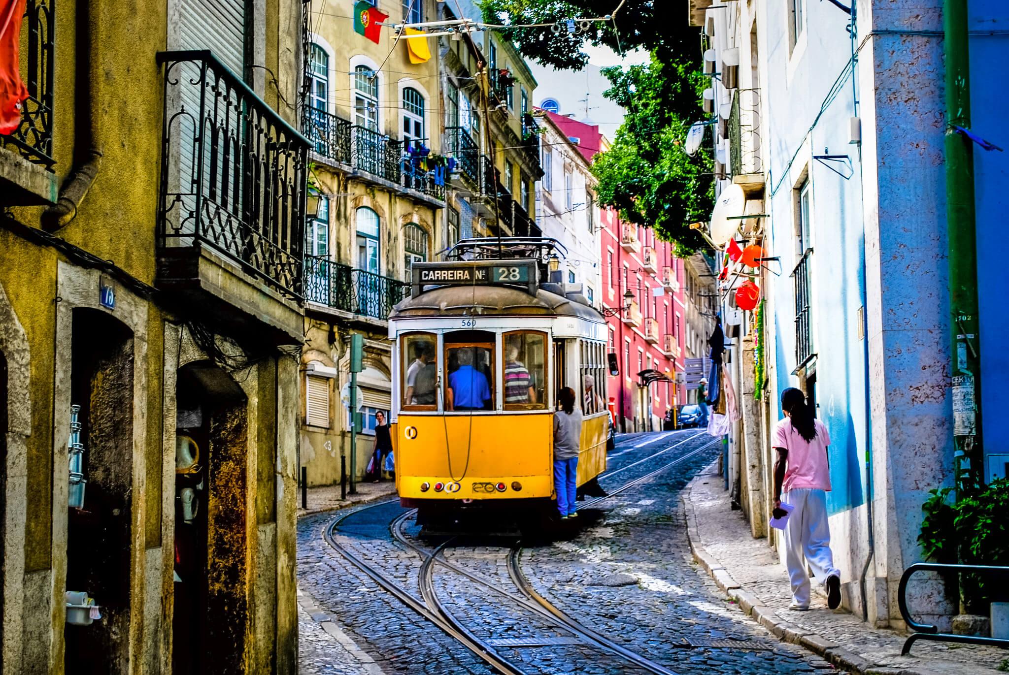 Трамвай №28 – желтый гид по Лиссабону