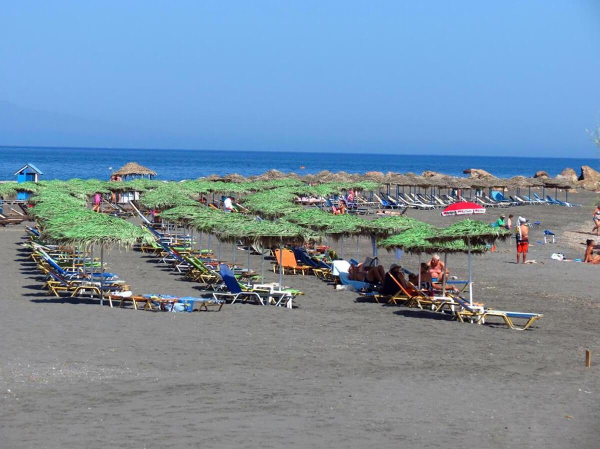 Пляж Monolithos