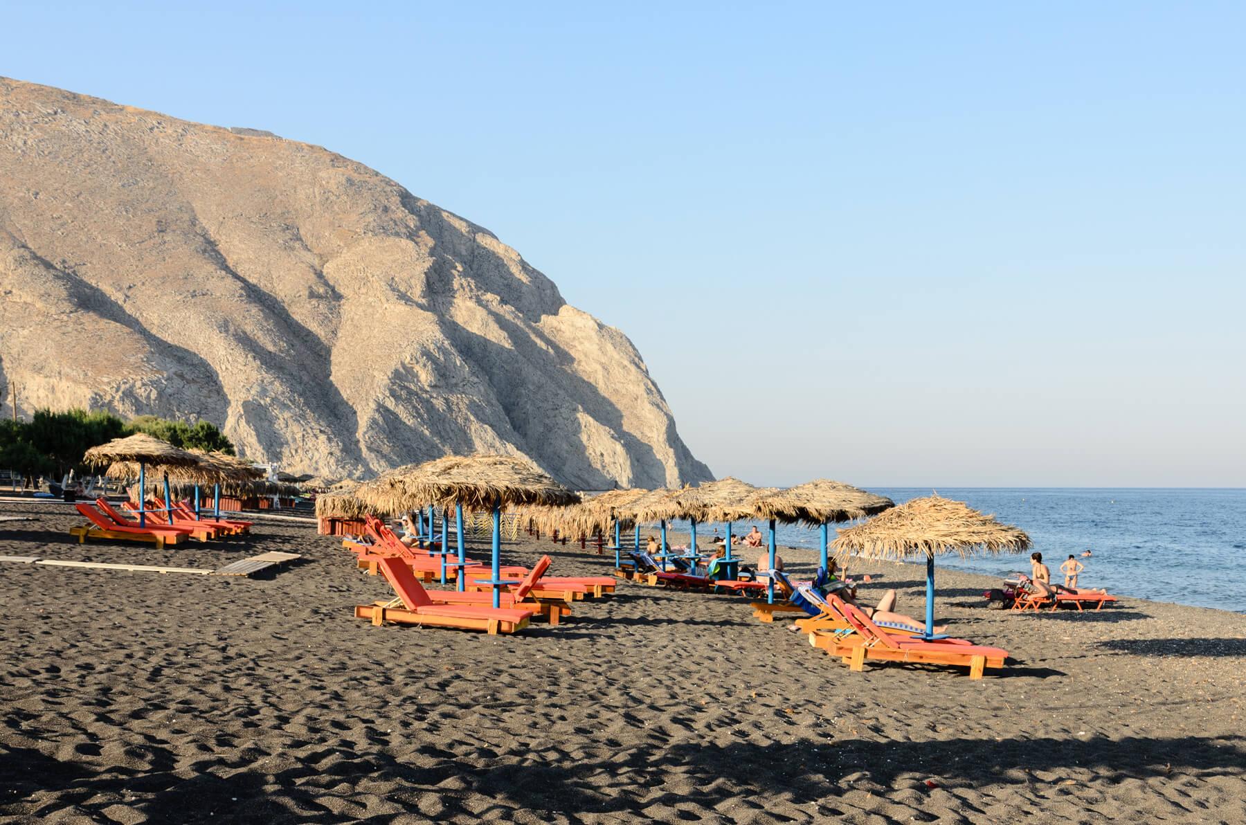 Пляж Perissa Beach