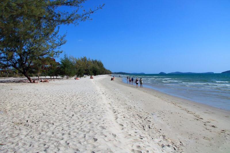 Дикий пляж Отрес