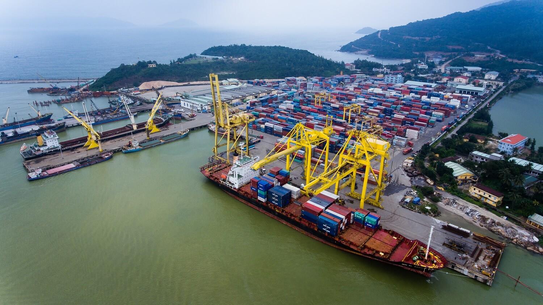 Морской порт Хайфон, Вьетнам
