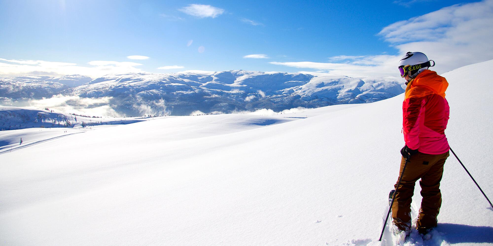 Катание на лыжах в городке Восс