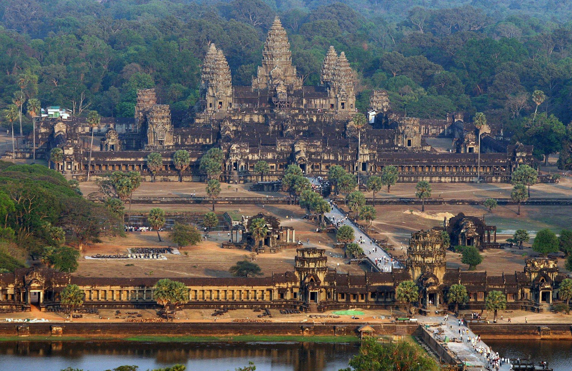 Вид на храм Ангкор-Вата