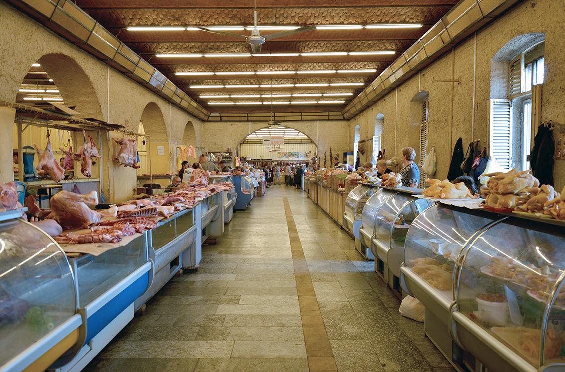 На продуктовом рынке в Тбилиси