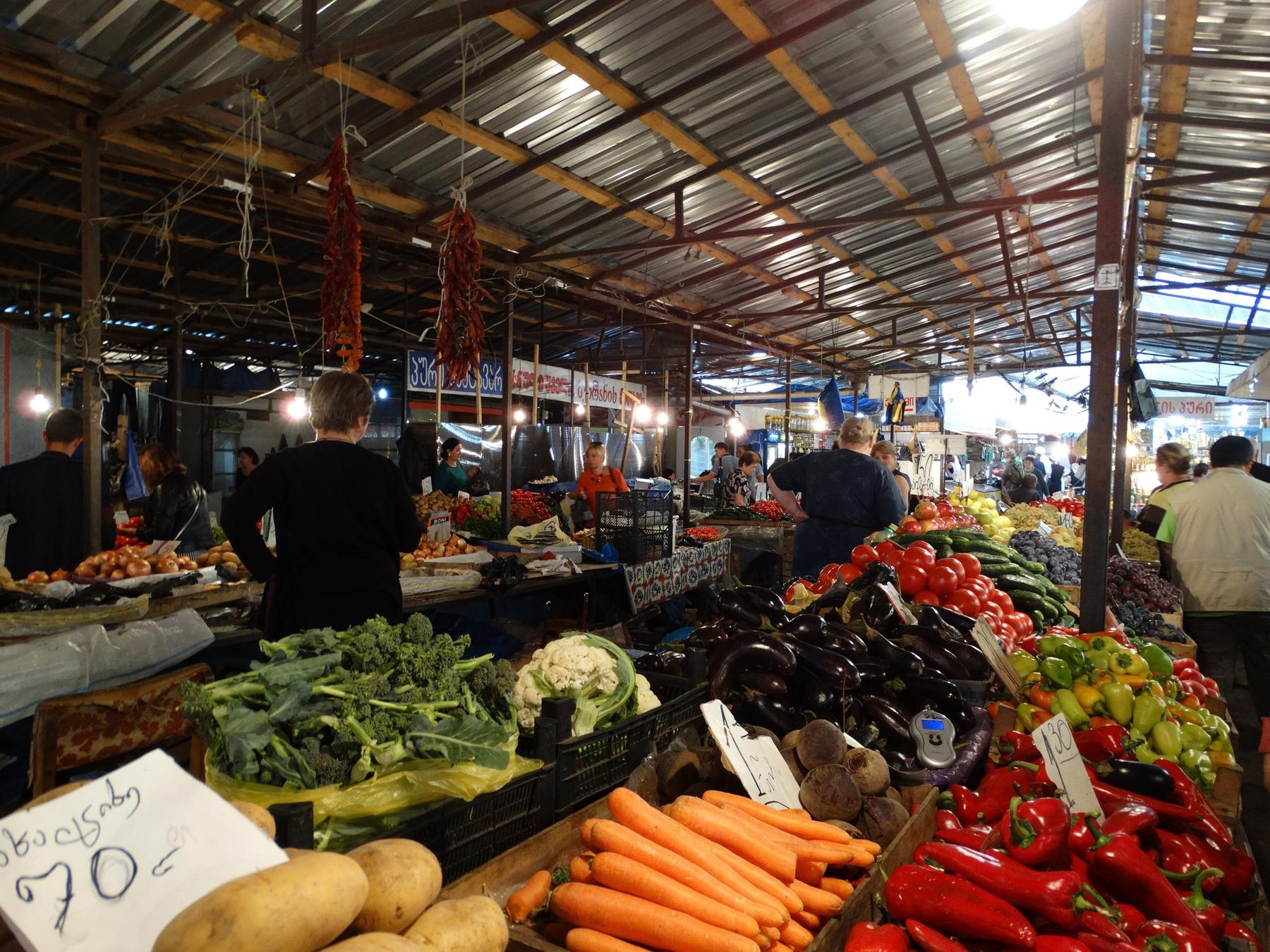 Дезертирский (Боржомский) рынок в Тбилиси