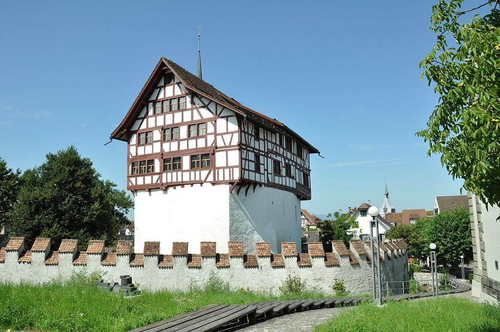 Замок-музей Цуг
