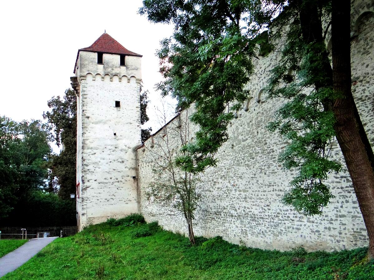 Крепость Музеггмауэр