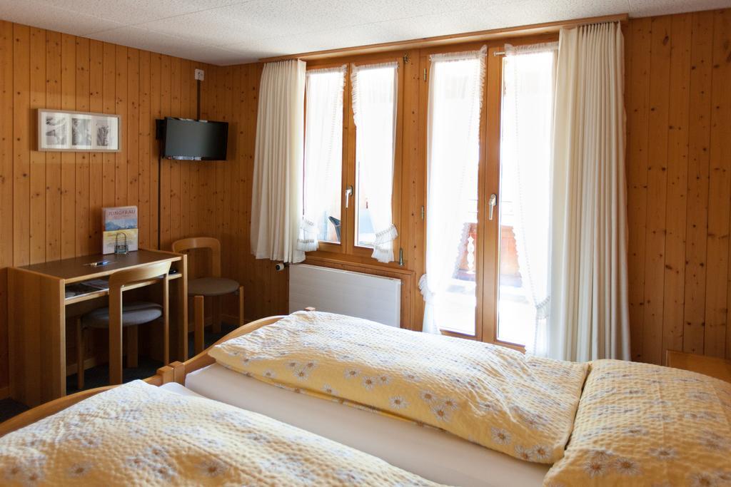 Номер в отеле Hotel Edelweiss