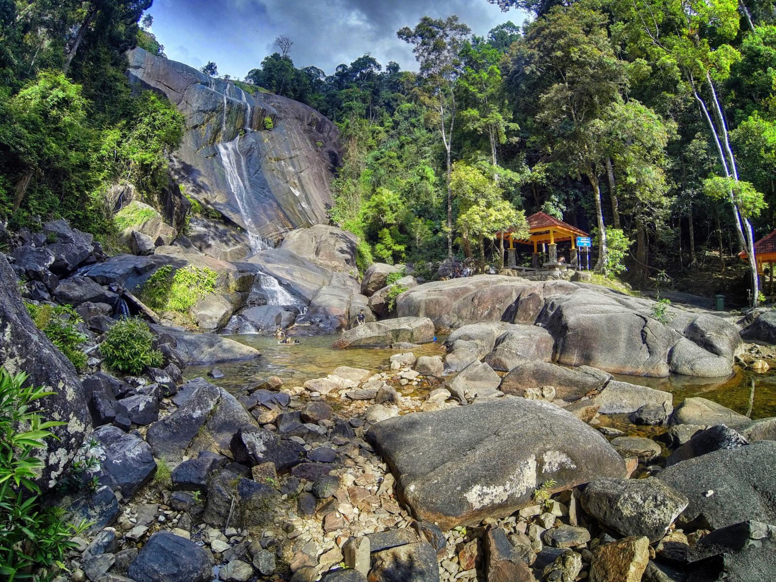 Водопад Телага Туджух