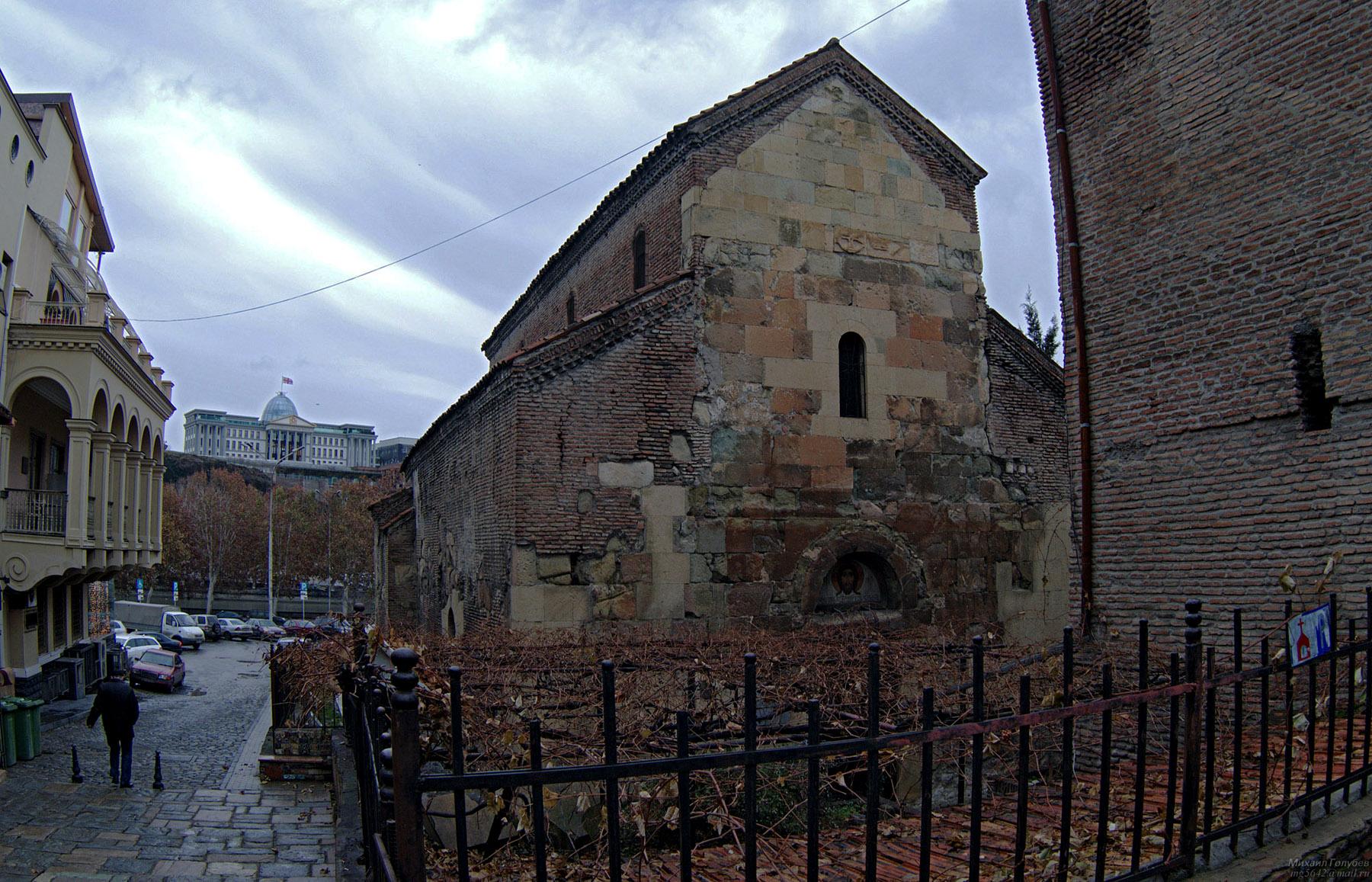 Храм Анчисхати в Тбилиси