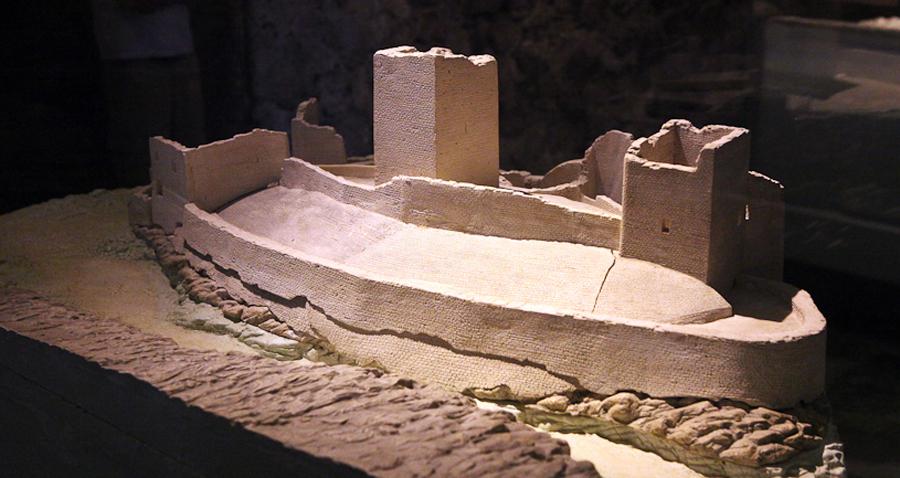 Шильонский замок в 13 веке