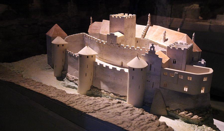 Шильонский замок с 15-го века