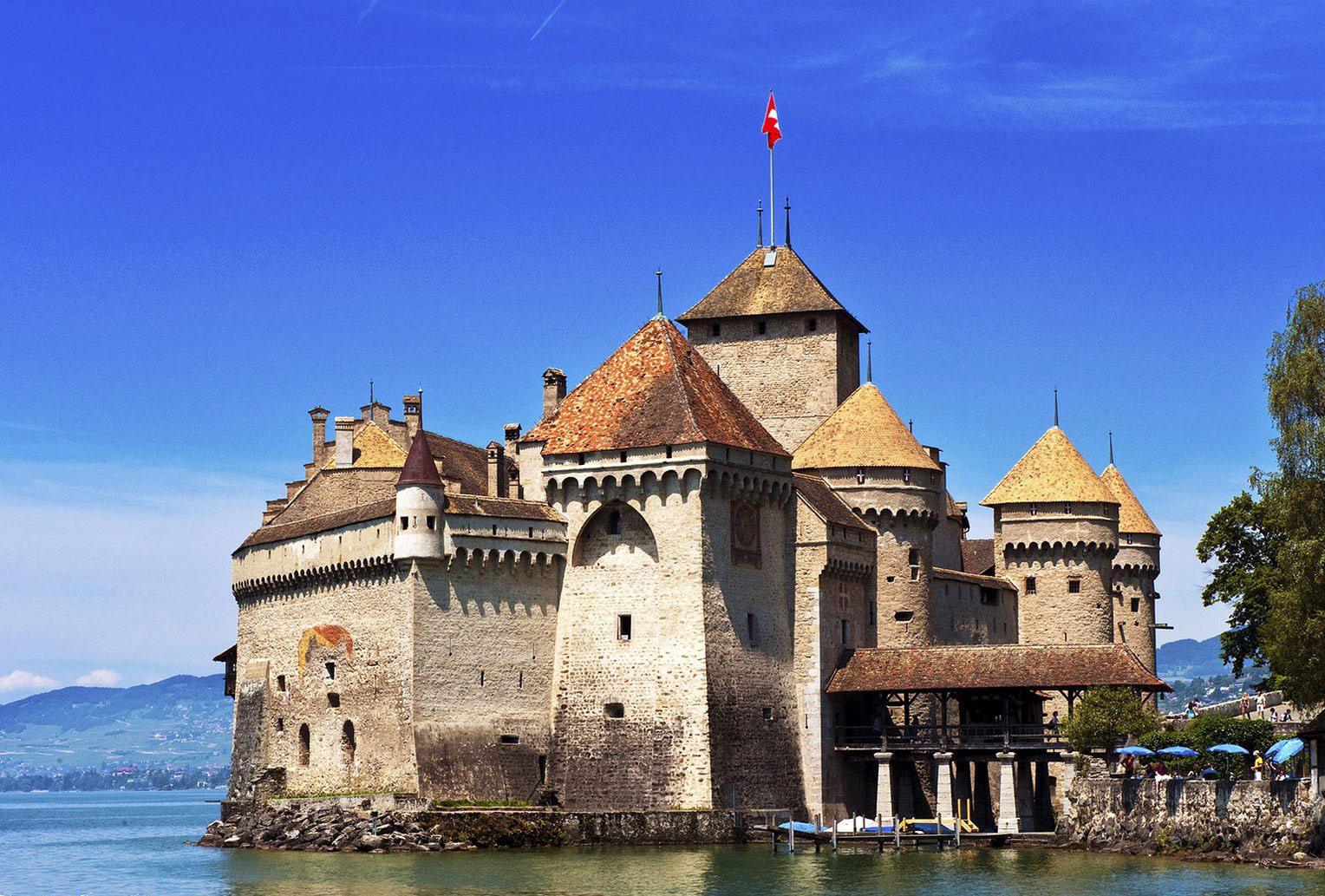 Фото: шильонский замок