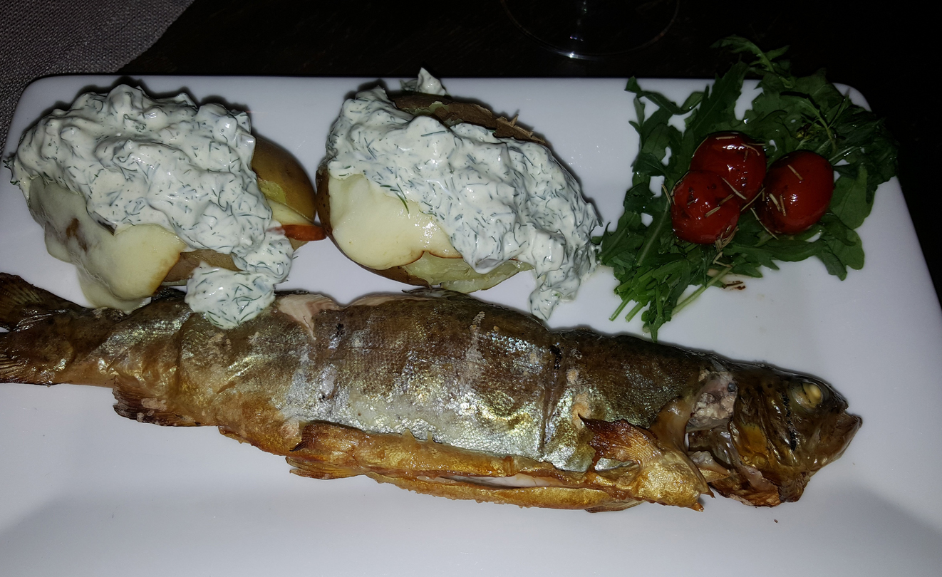 Рыбное блюдо в Old Boulevard