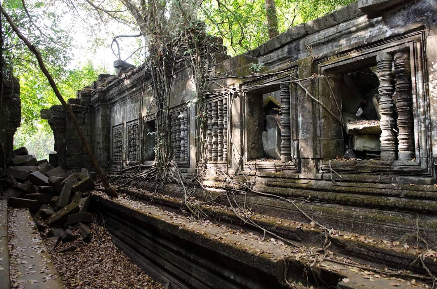 Древние руины Бенг Мелиа