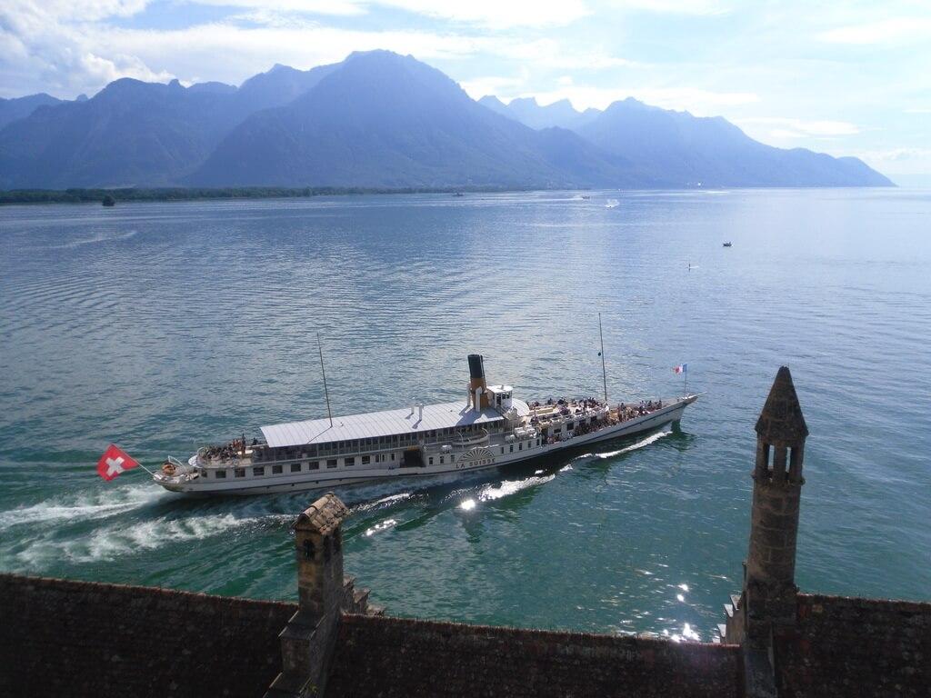 На кораблике до остановки «Chillon»