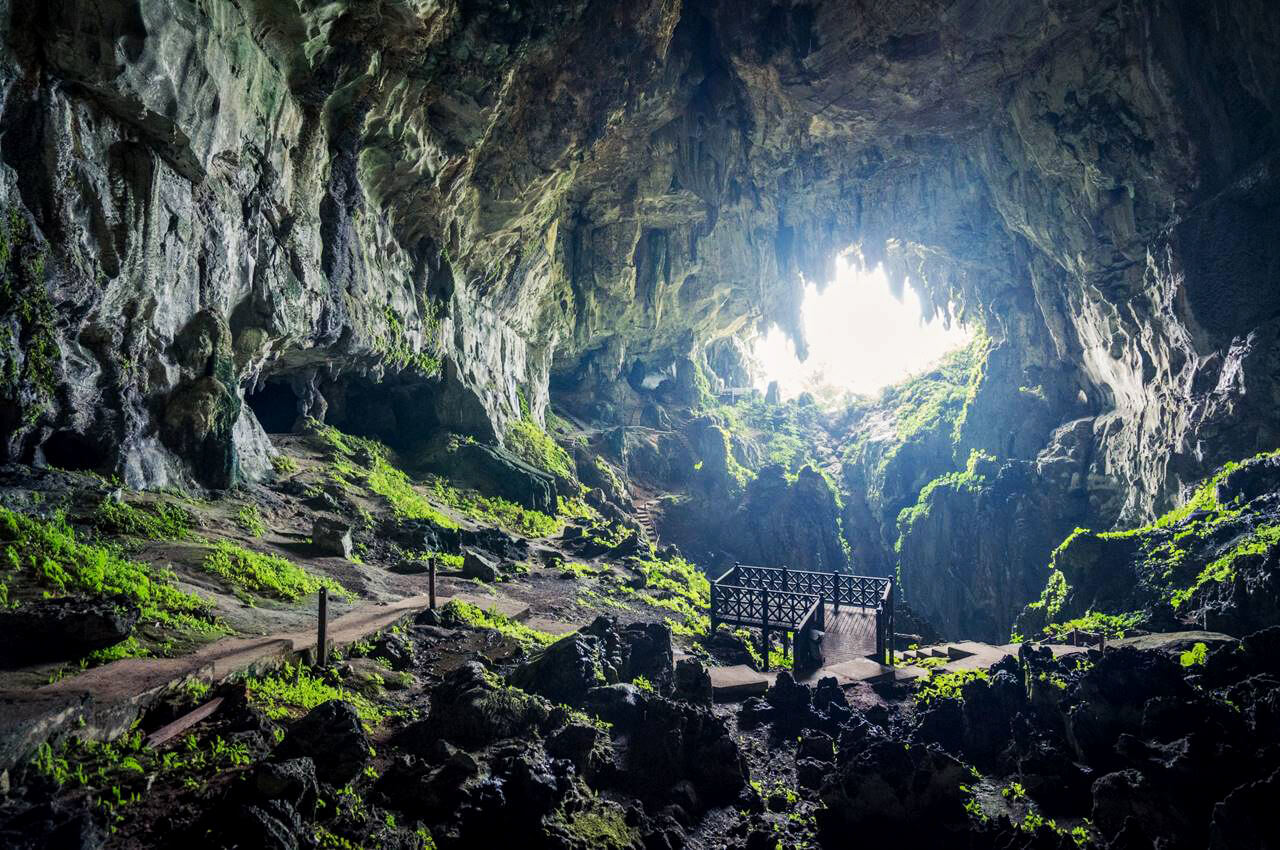 Сказочные пещеры (Fairy Caves)