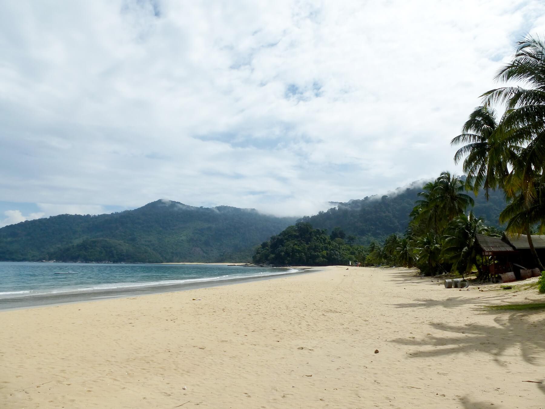 Пляж Juara в поселке Джуара