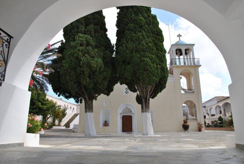 Монастырь Зоодохас Пихи (Животворящий Источник)