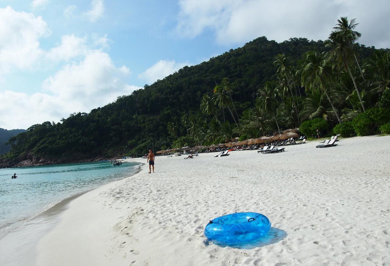 Taraas beach в заливе Далам