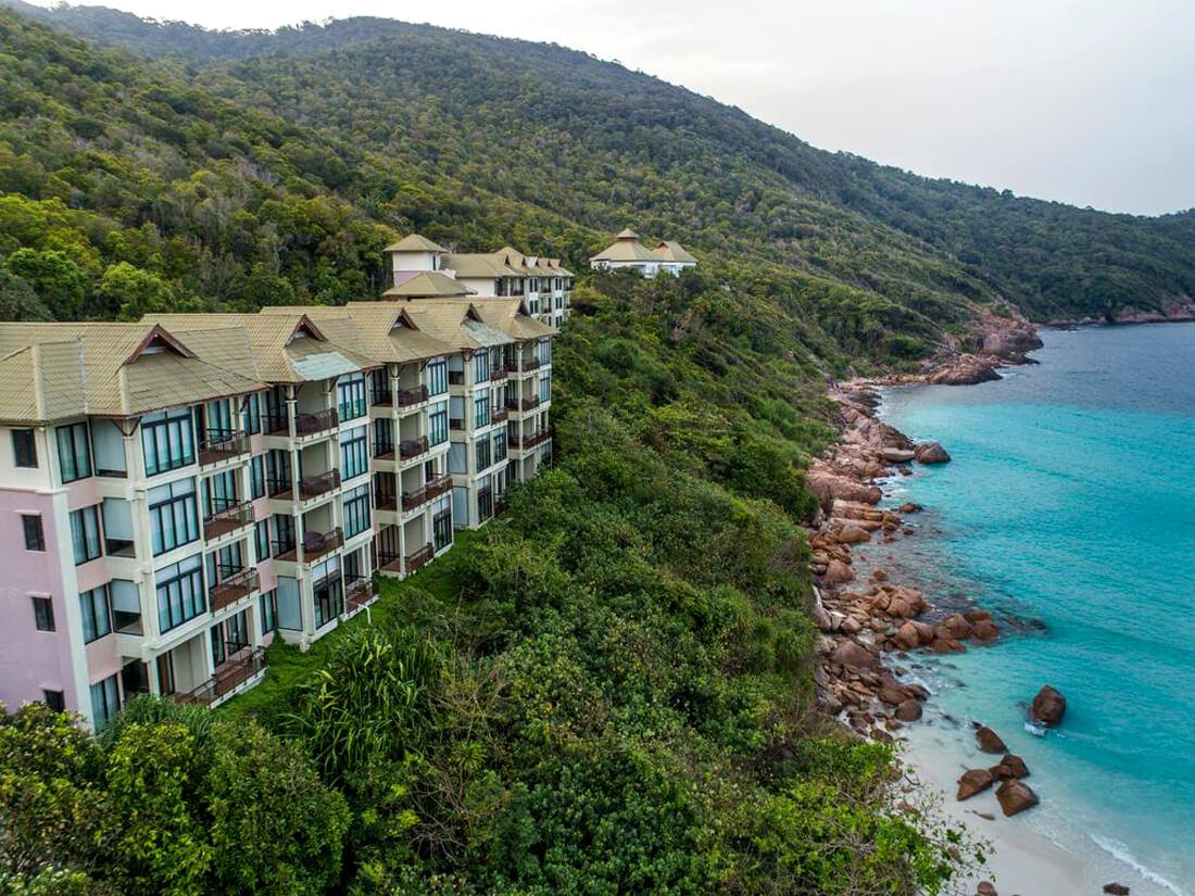 На территории отеля Laguna Redang Island Resort