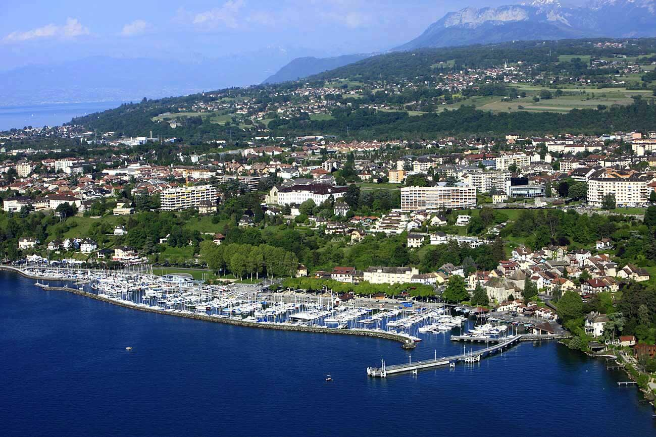Тонон-ле-Бен город-курорт во Франции