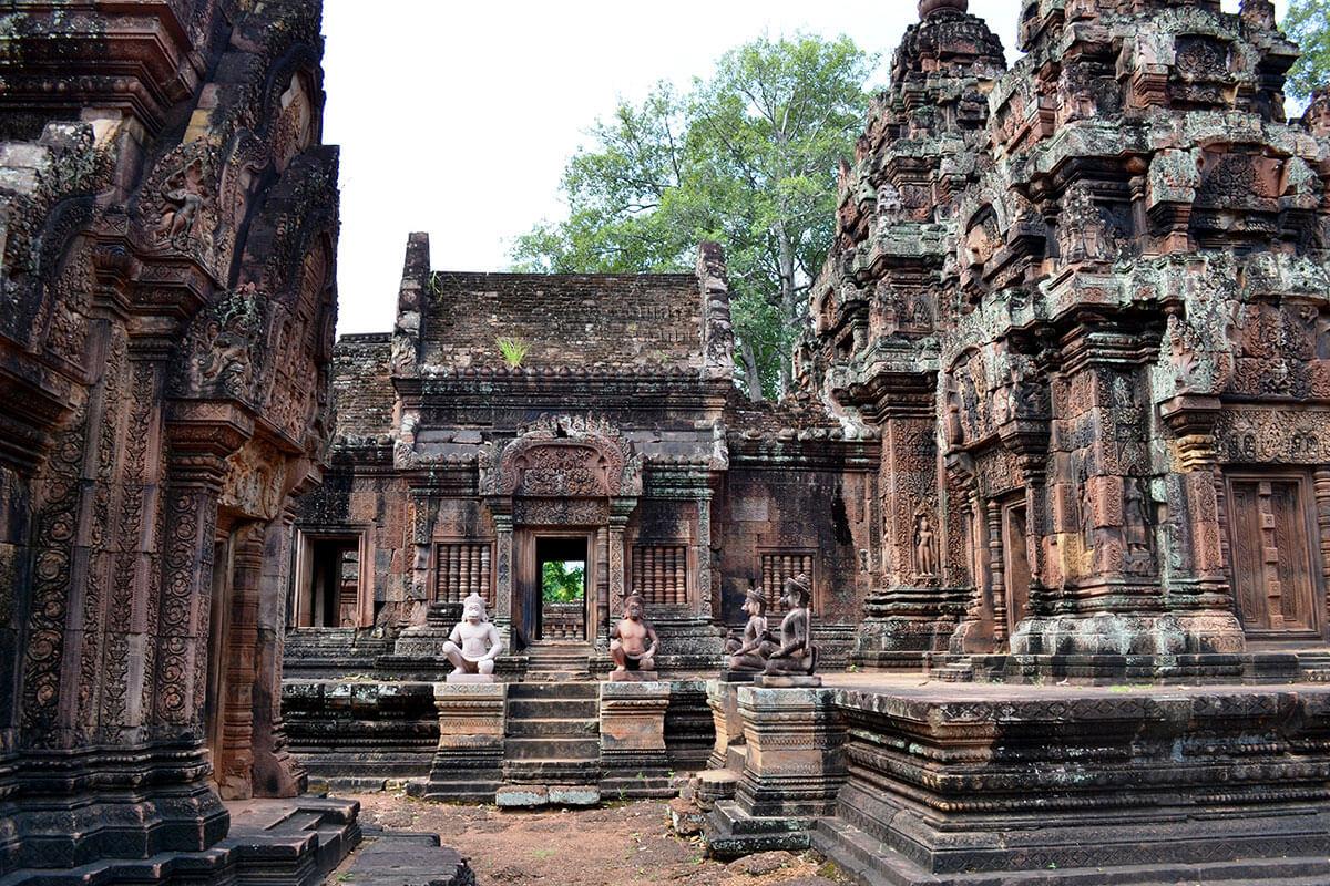 Храм Бантей Срей