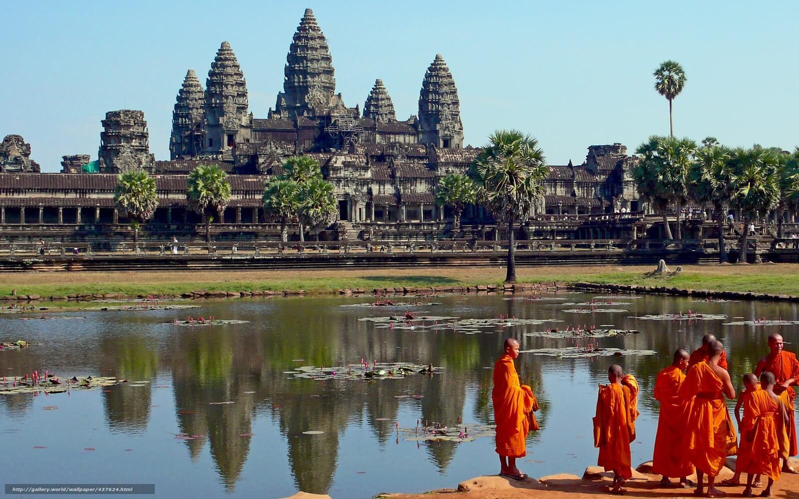 Гигантский комплекс Ангкор Ват