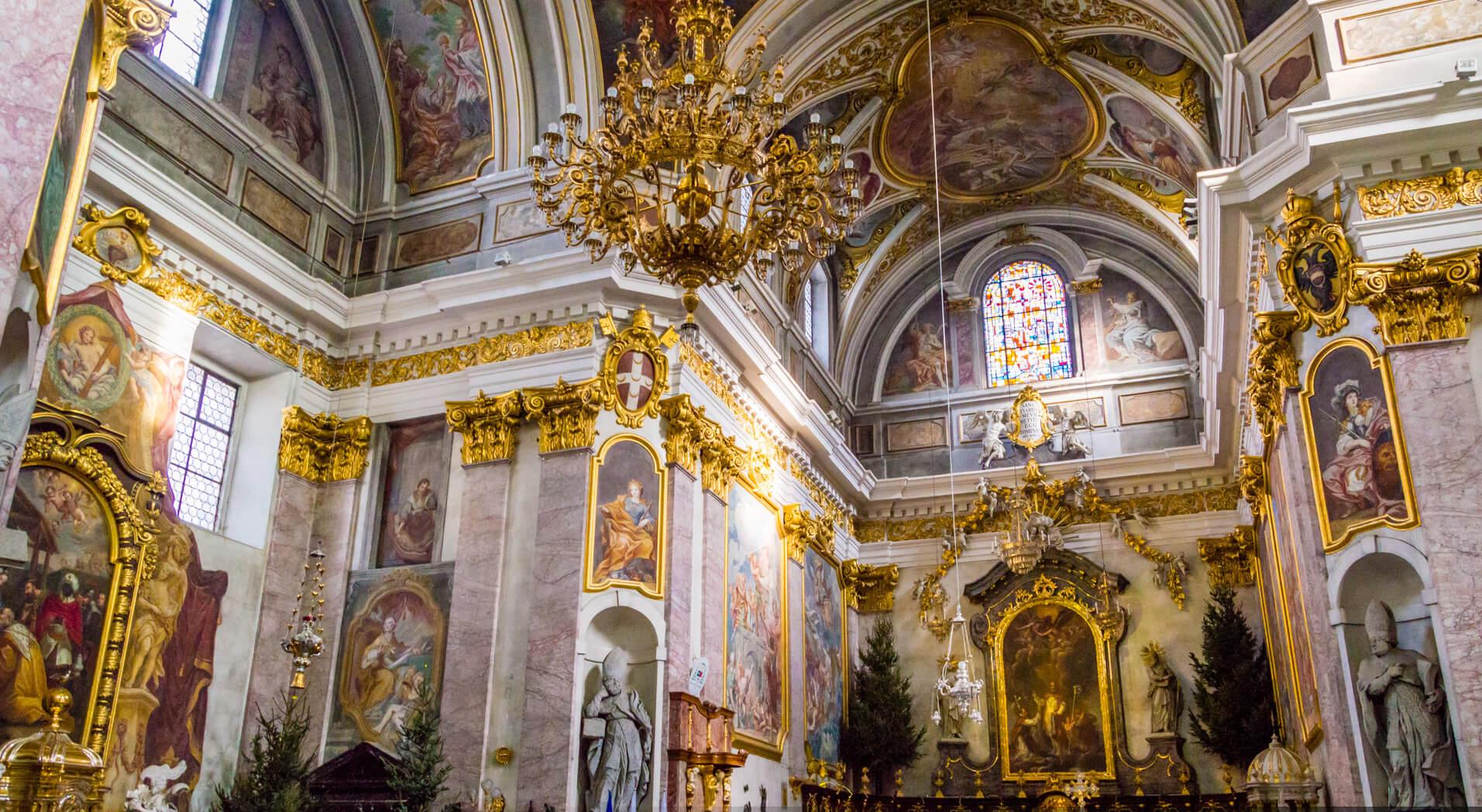 Интерьер собора Святого Николая