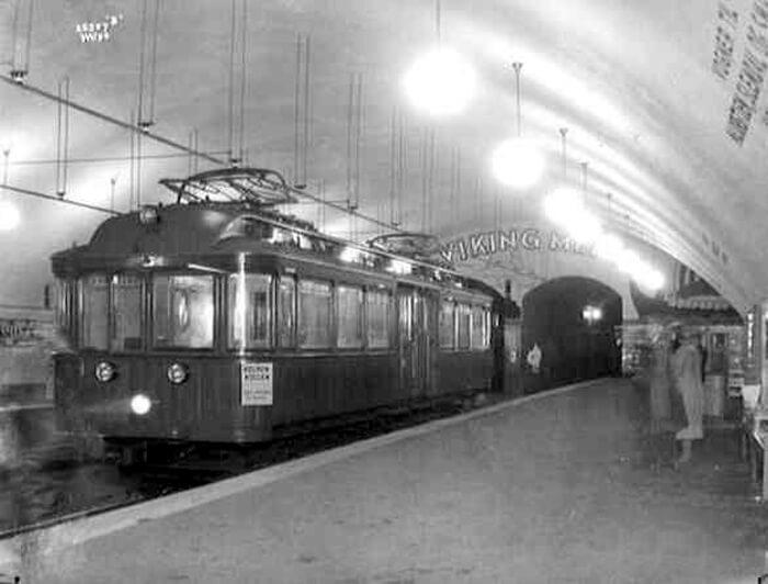 Трамвай на станции Nationaltheatret в 1928
