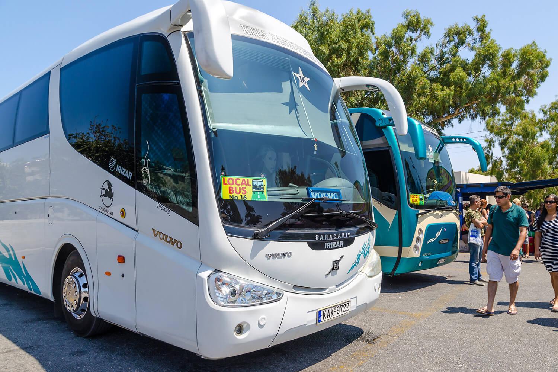 Такие автобусы ездет по греции
