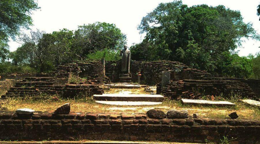 Руины Велгам Вихара