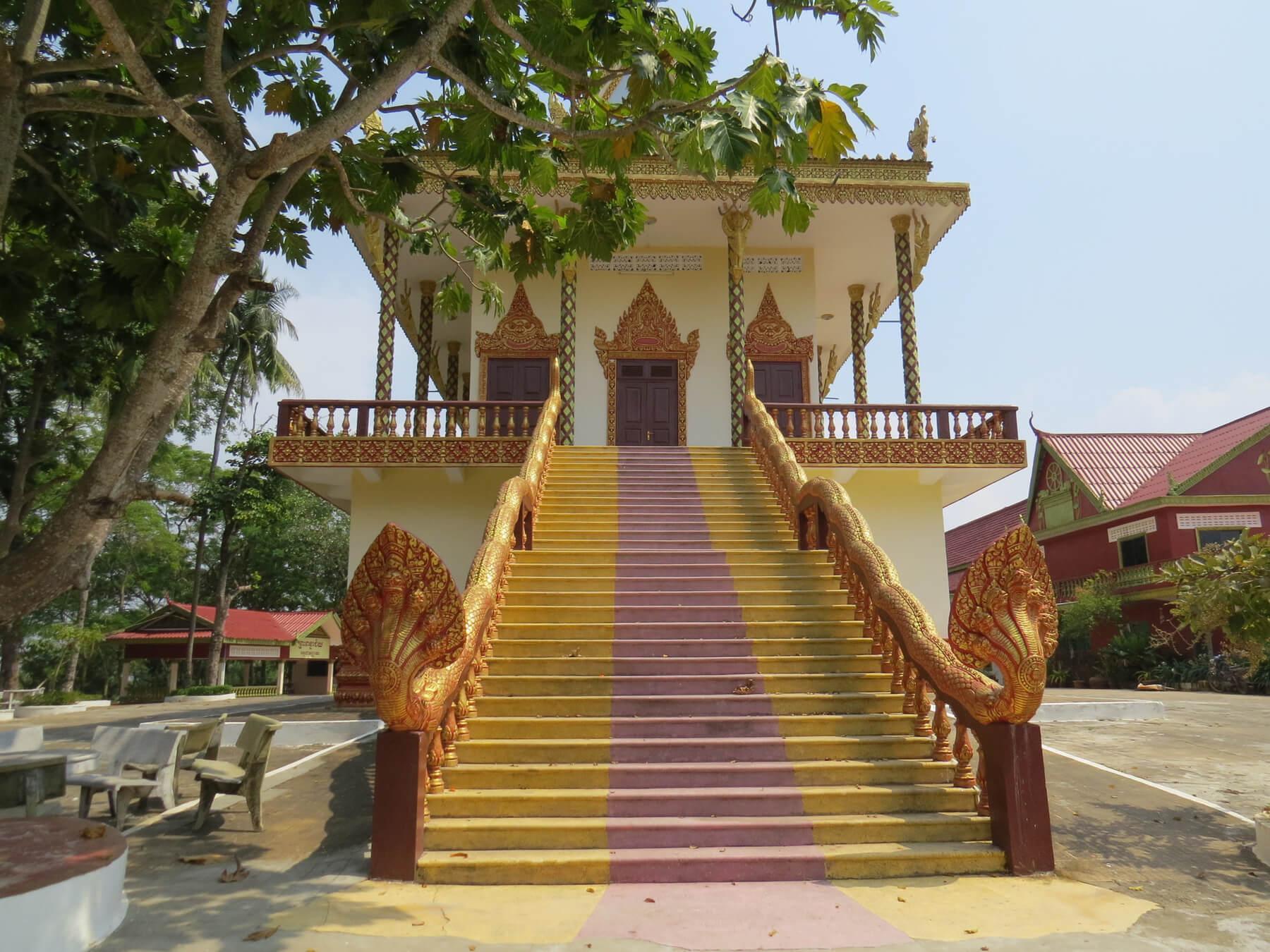 Буддийский храм Ват Леу