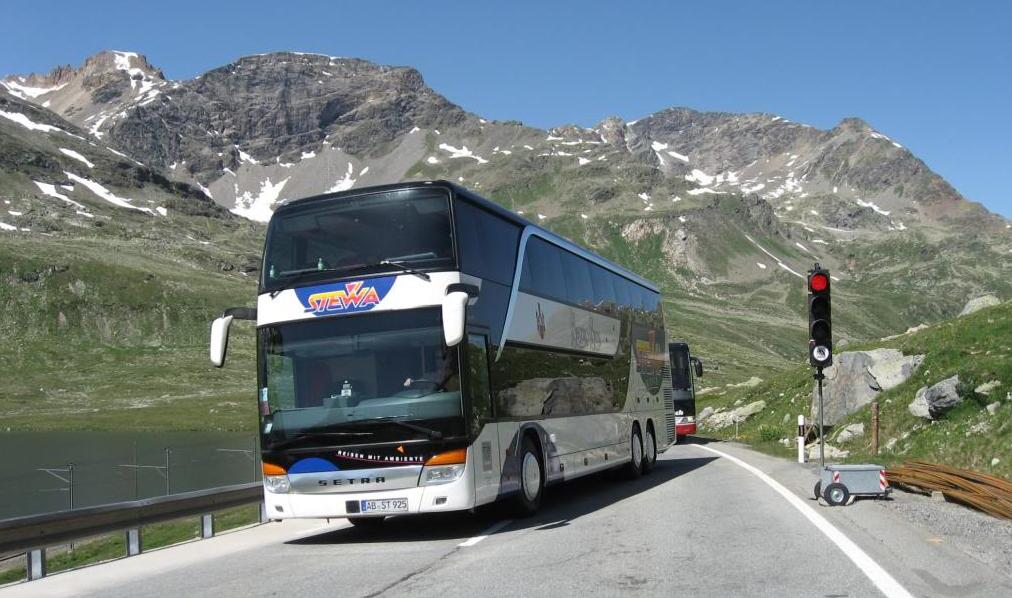 Автобус в Санкт-Мориц