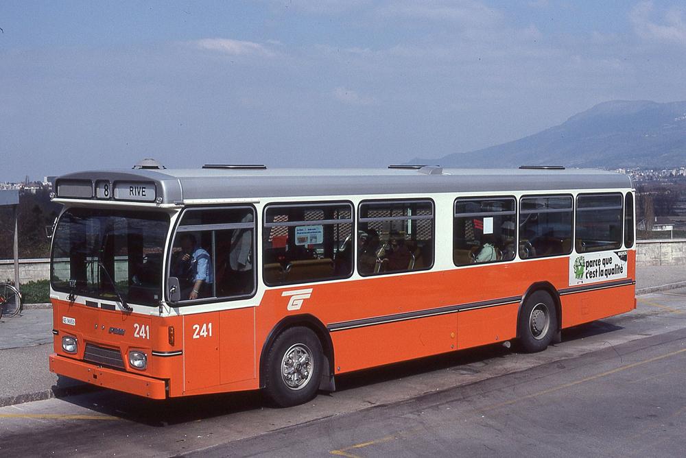 Автобус №8, Женева
