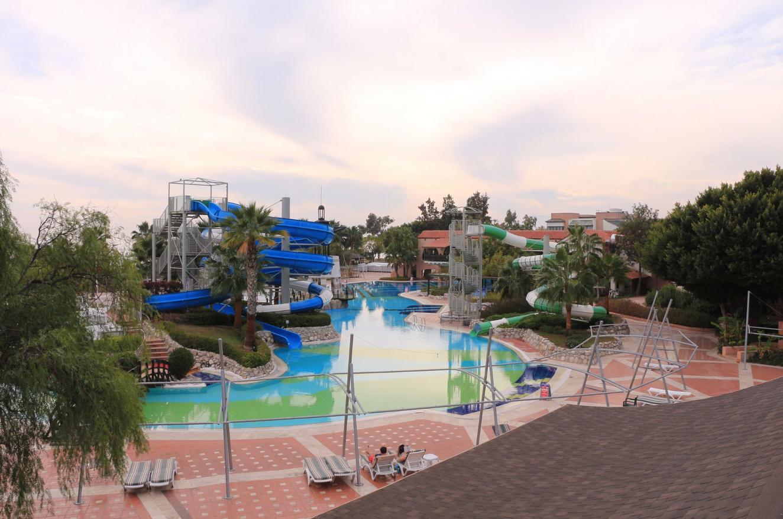 Аквапарк на территории Limak Limra Hotel & Resort